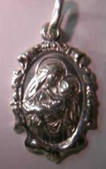 medalla virgen de lima