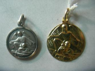 medalla angel guarda oro plata