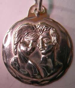 medalla enamorados
