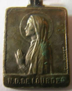 medalla virgen de lourdes