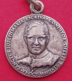 medalla jose escriva de balaguer