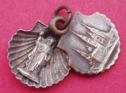 medalla concha santiago