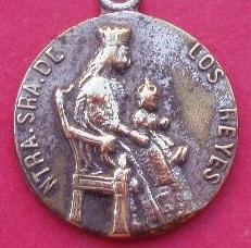 medalla virgen de los reyes