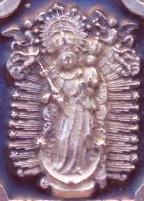 medalla virgen de los angeles