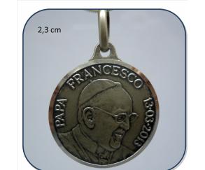 medalla papa francisco